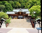 Suwa Shrine main compound