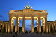 Brandenburger_Tor_abends[1]